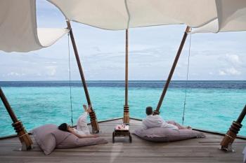 Hotel Constance Moofushi Resort  South Ari Atoll, Maldives